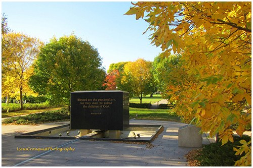 The Minnesota Peace Officers Memorial, which pays tribute to 270 officers who lost their lives in the line of duty, is located in St. Paul, at the base of the State Capital Mall.