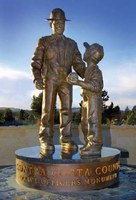 Bulletin Honors: Contra Costa County Peace Officers Monument - California