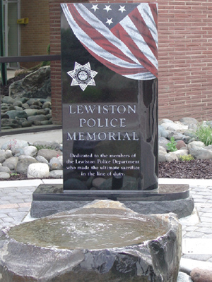 Depiction of the Lewiston, Idaho, Police Department monument honoring the department's fallen officers.