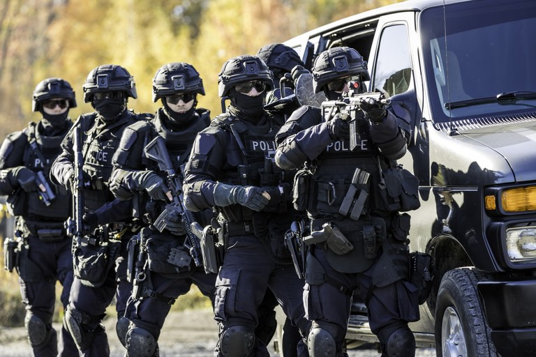 A stock image of a police SWAT team.